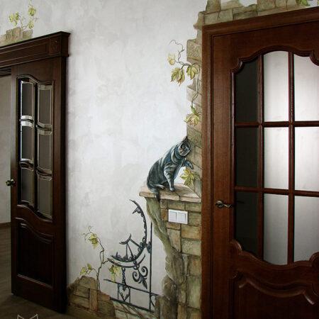 Роспись стен в прихожей Кот